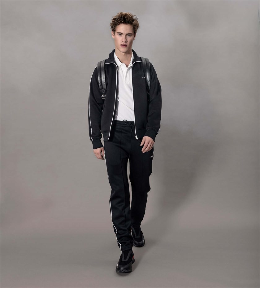 AXEL-lookbook_u41-look4_1.jpg
