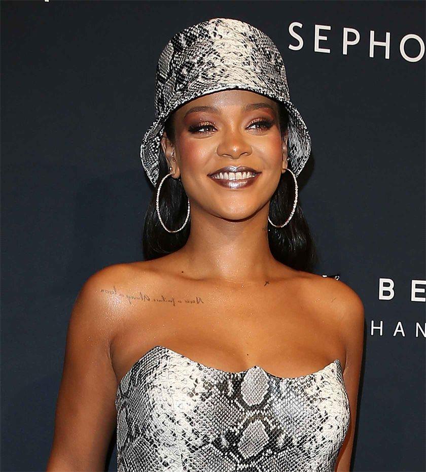Twitter Rihanna